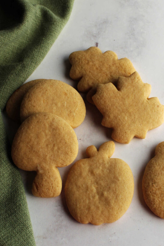 Cut out cinnamon brown sugar cookies, freshly baked.
