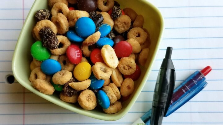 Peanut Butter Snack Mix paper