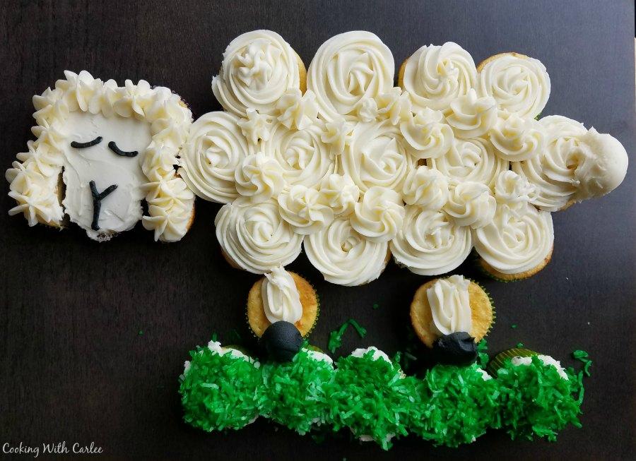 Lamb2Bcupcake2Bcake