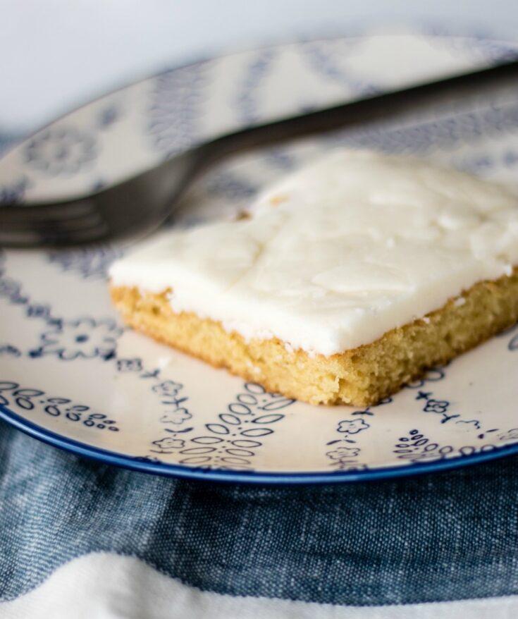 white sheet cake slice 1
