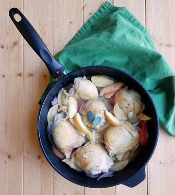 chicken thighs with apple and onions in swiss diamond saute pan