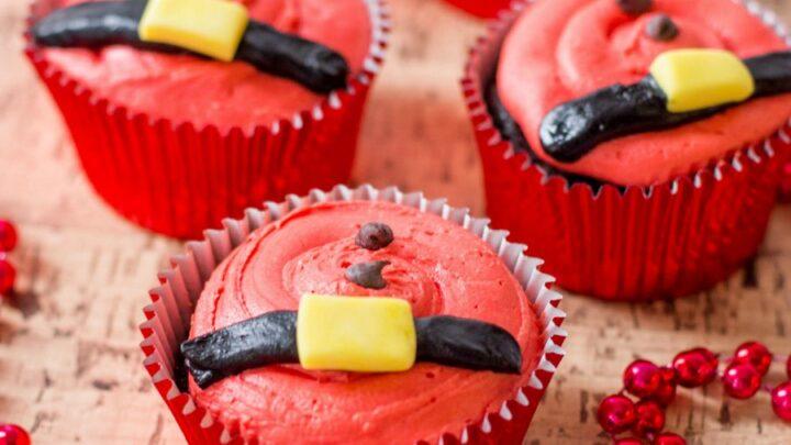 santas belt cupcakes