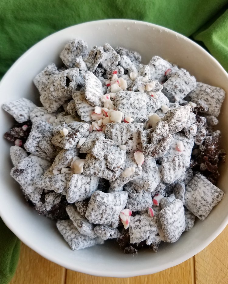 reindeer chow ready to eat