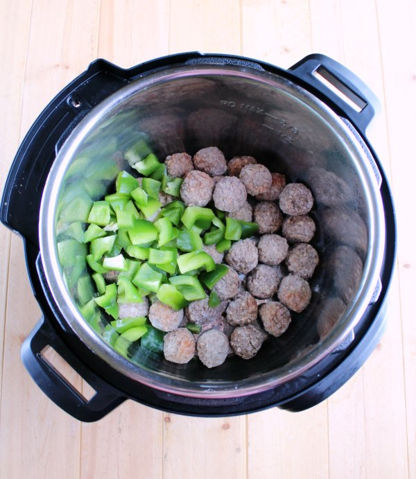 frozen meatballs and green peppers in instant pot