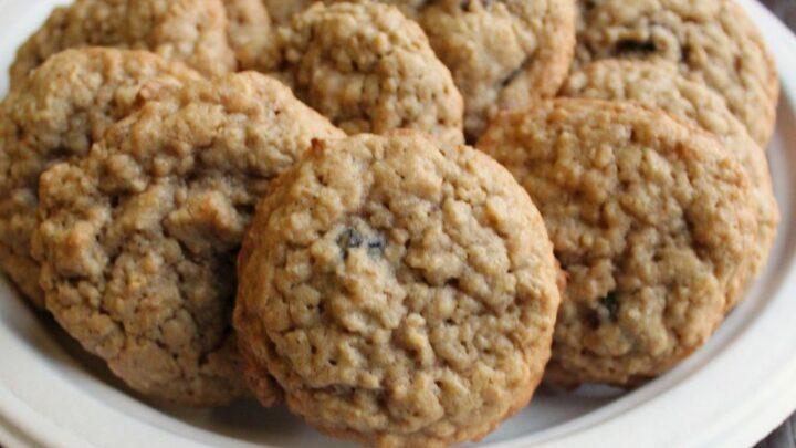 close2Bplate2Bof2Boatmeal2Braisin2Bcookies