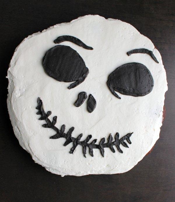 finished Jack Skellington Face cupcake pull apart cake