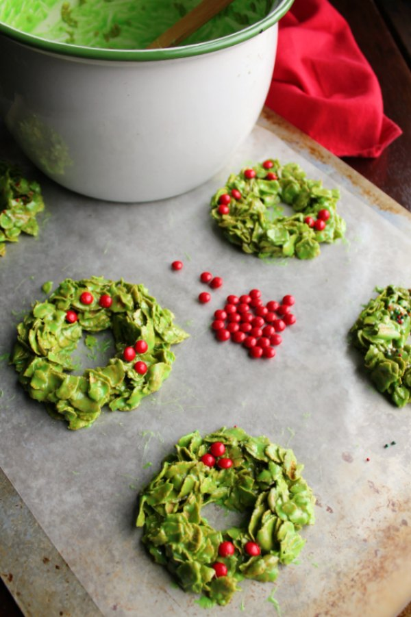 forming no bake corn flake cookies with red hot berries