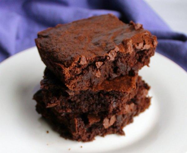 close look at a stack of brownies