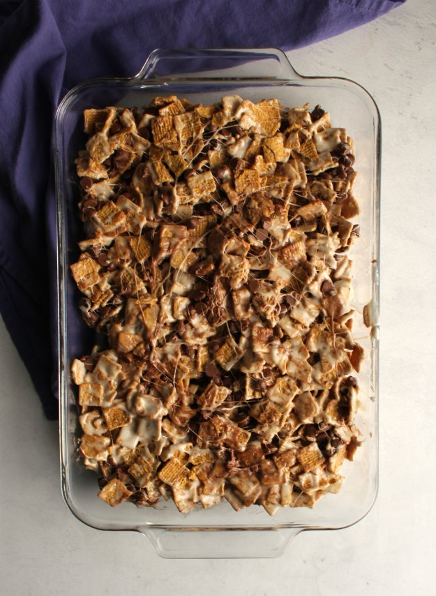 pan full of no bake s'mores bars