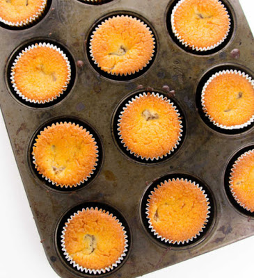 baked cupcakes ready for frosting