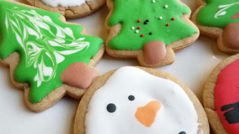close2Bup2Bdecorated2Bpeanut2Bbutter2Bcut2Bout2Bcookies 1