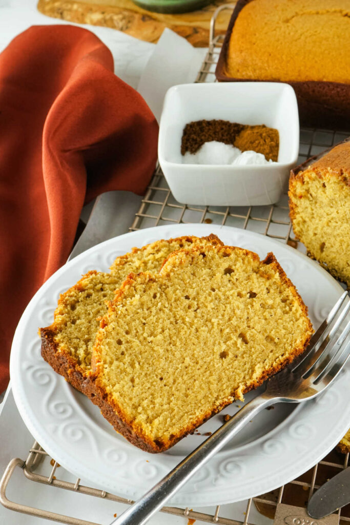 Slices of coffee flavored pound cake on plate ready to eat.